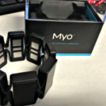 Myoのジェスチャーでコントロールするアプリのデモ